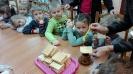 Światowy Dzień Pluszowego Misia w Bibliotece Gminnej-5